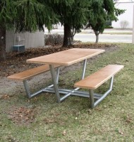 EASE Picnic Table